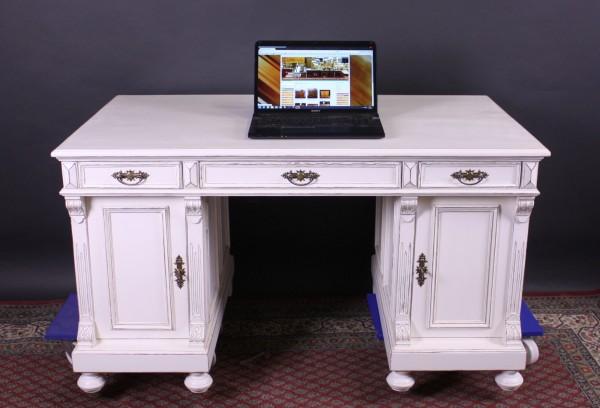 Restaurierter Schreibtisch shabby-chic