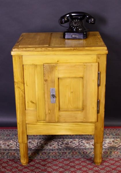 Antiker Eisschrank / Kühlschrank aus Weichholz