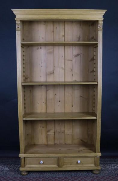 Umbau Bücherregal mit Schubladen Weichholz