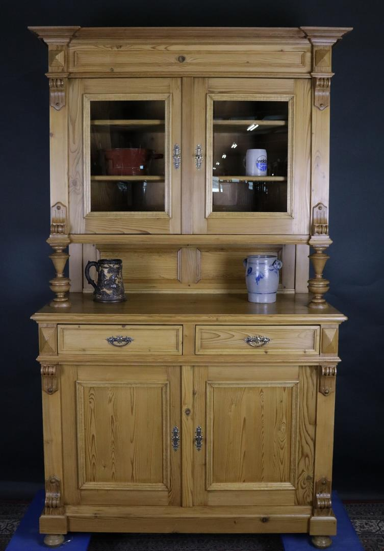 k chenschrank gr nderzeit aus weichholz um 1880 gefertigt kohler. Black Bedroom Furniture Sets. Home Design Ideas