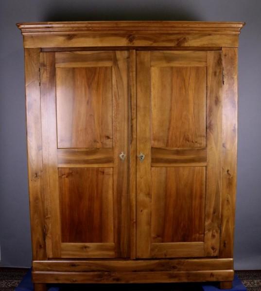 Antike Möbel Kleiderschrank Nußbaum Biedermeier