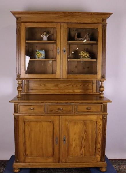 Antiker Küchenschrank aus Weichholz um 1890 gefertigt