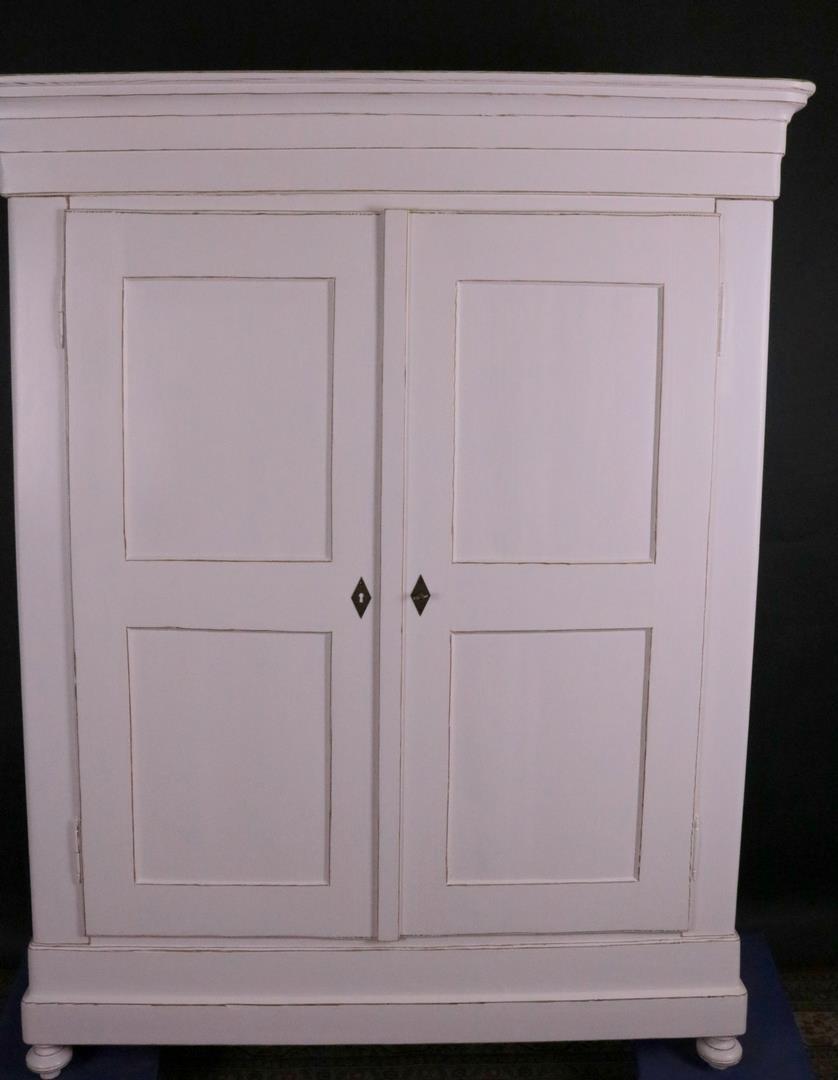 schrank biedermeier wei shabby chic vintage stil aus der zeit um 1850 kohler. Black Bedroom Furniture Sets. Home Design Ideas