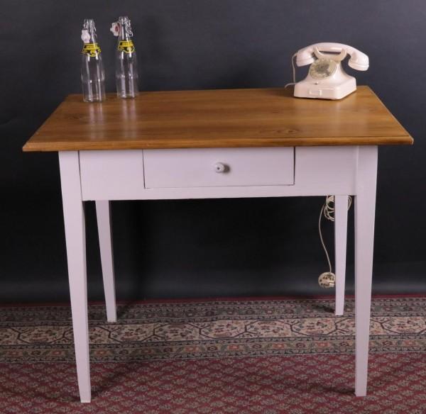 Antiker Tisch mit Naturplatte und weißem Gestell um 1900