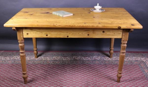 Wirtshaustisch mit tollen Abmessungen antik