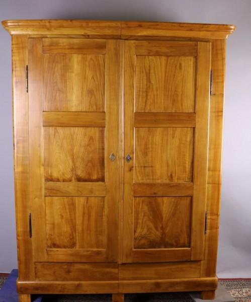 Antike Möbel Biedermeier Kirschbaumschrank um 1850 gefertigt