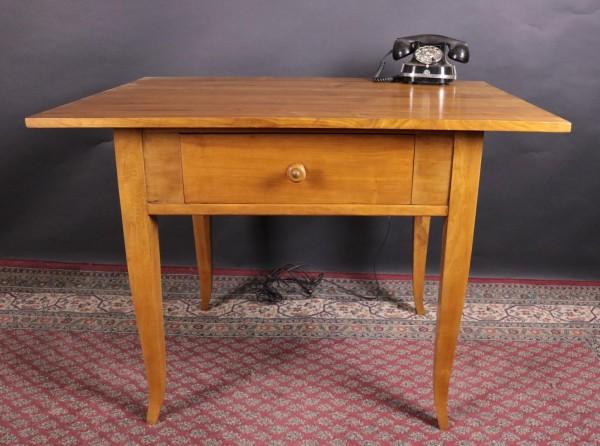 Antiker Tisch Kirschbaum / Buche um 1900 gefertigt