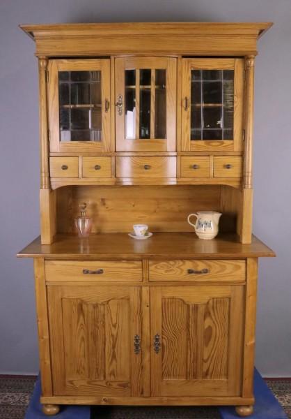 Antiker Küchenschrank Kiefer um 1920 gefertigt