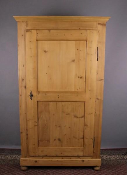 Antiker eintüriger Weichholz Biedermeierschrank
