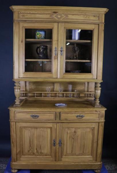 Antiker Küchenschrank aus Weichholz um 1870 gefertigt