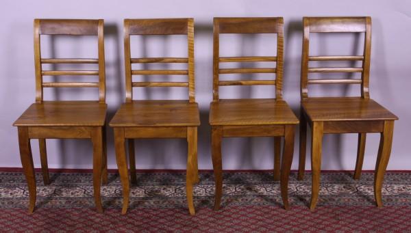 Antiker Satz Nussbaum Stühle (4er) Biedermeier