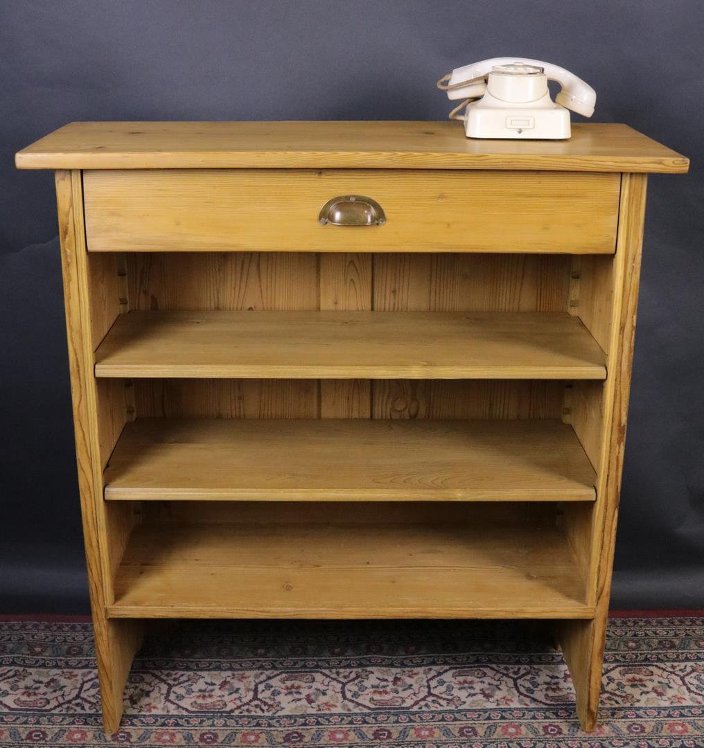 offenes regal weichholz um 1910 gefertigt kohler. Black Bedroom Furniture Sets. Home Design Ideas