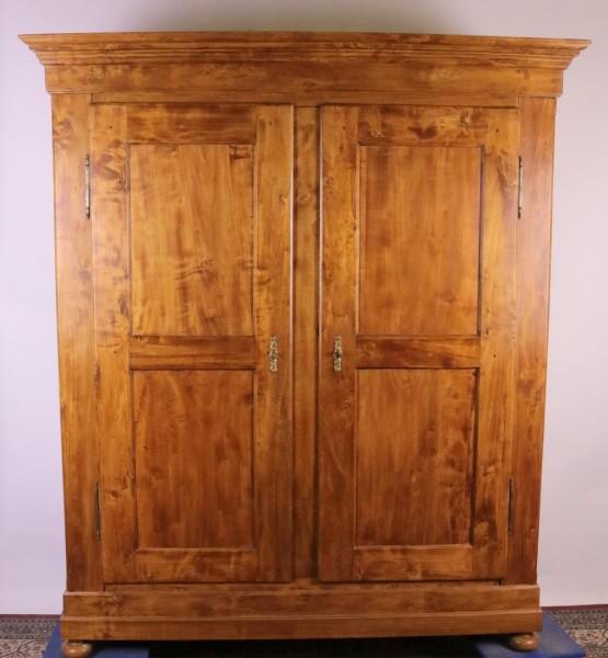 Antiker Biedermeierschrank Pappel kirschbaumfarben