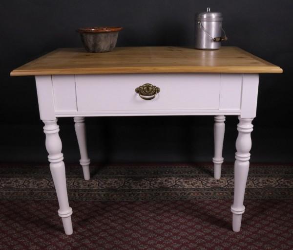 Antiker Weichholztisch weiß lackiert um 1900